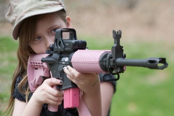 CF稀有绝版枪械 现实大亮相!吓尿了吧!