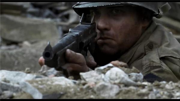 《拯救大兵瑞恩》中使用汤普森瞄准