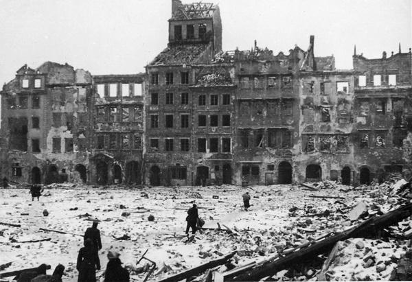 华沙城瓦砾场