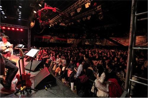 演唱会上更有卢小旭先生古风新曲首发图片