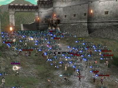 天堂2_新闻中心 新天堂2最新消息 正文  就算只有1级也能玩的超大型攻城战