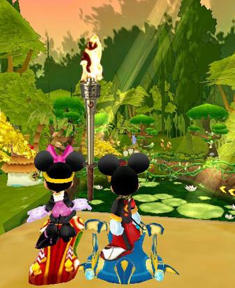 《迪士尼魔幻飞板》的森林古道是整个游戏中最为隐秘,幽深的地方